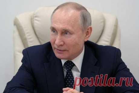 3.05.2020-ВКремле рассказали оновом обращении Путина Пресс-секретарь президента России Дмитрий Песков рассказал, что9маяпланируется очередное обращение Владимира Путина кроссиянам.