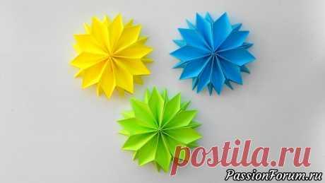 Цветы из бумаги к 8 марта Детская поделка оригами к празднику - запись пользователя Getera (Александра Смирнова) в сообществе Работа с бумагой в категории Оригами Цветы из бумаги - отличная детская поделка и подарок маме к 8 марта. Сделать такие бумажные цветы очень просто и без особых усилий. Для этого нам понадобится бумага размером 8*8 см. - 5 листов.