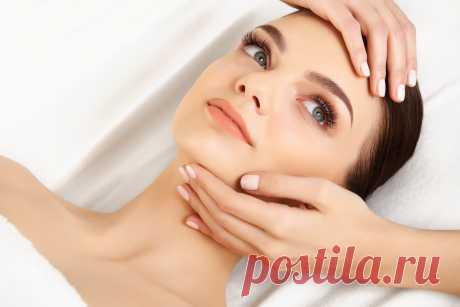 6 эффективных салонных процедур для ухода за кожей век Салонные процедуры – лучший способ избавиться от морщин в области век и подтянуть кожу. Это полноценный уход за нежным покровом.