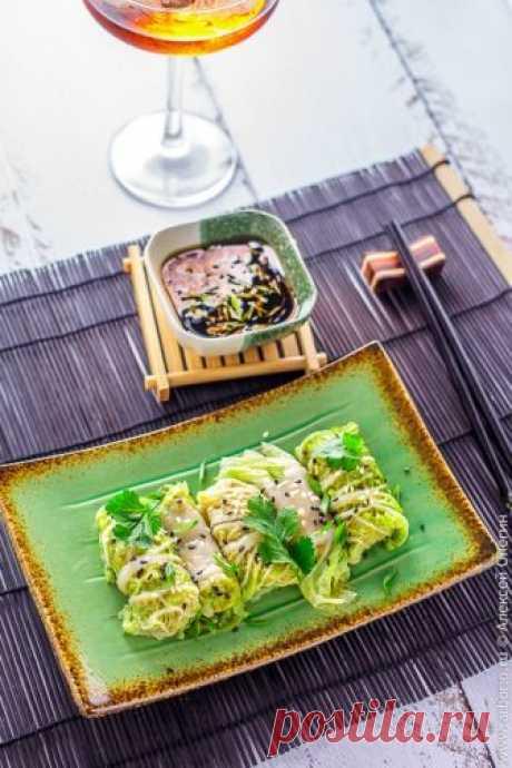 Китайские голубцы со свининой и креветками