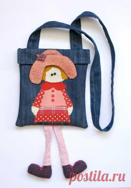 Детская сумочка из джинсов.