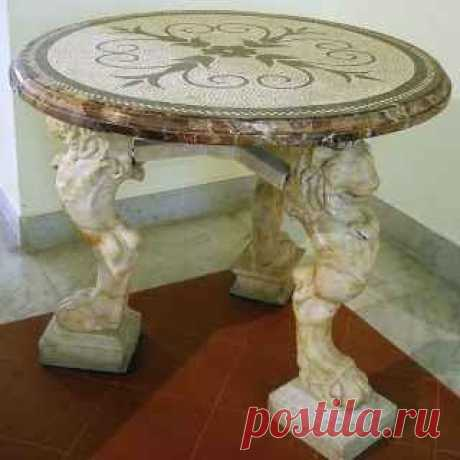 Подстолье для круглого стола как произведение искусства Подстолье является основой, на которой фиксируется столешница. Это означает, что требуется прочная опора