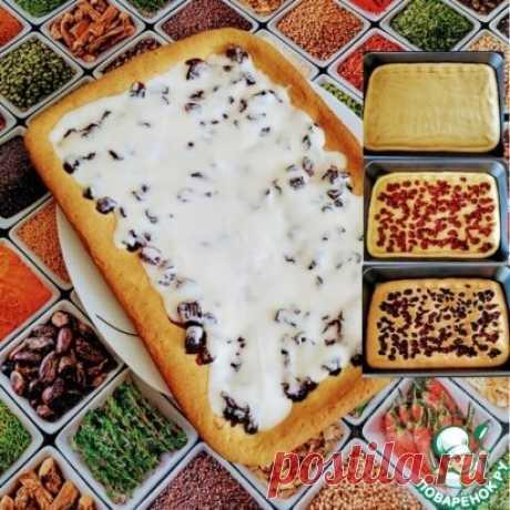 Пирог с вишней Очень вкусный пирог с вишней со сметанным кремом. Попробуйте приготовить! Источник: https://www.povarenok.ru/recipes/show/159015