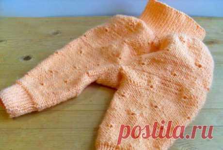 Штанишки, вязанные целиком,  для новорожденных спицами с описанием для начинающих (вязание, выкройка)