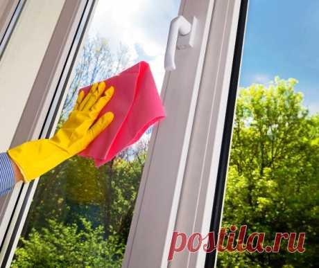 Мою окна этим способом каждую весну. После этого, они целый год остаются чистыми и не запотевают. Подсказала сестра   Дачный СтройРемонт   Яндекс Дзен