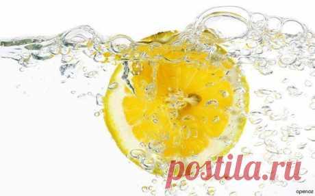 5 причин выпить воду с лимоном натощак утром
