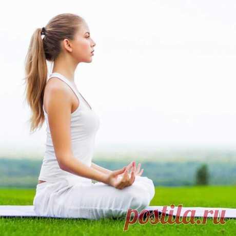 Del yogo Ayengara para los principiantes — 10 primero asan