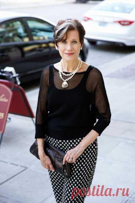 Простой и элегантный Французский стиль в одежде для дам 50+. Фото стильных образов   Краше Всех Франция всегда считалась законодателем моды. А француженки символом женского идеала и элегантности. Наверное, поэтому французский стиль очень популярен.Любой человек, увидев француженку, никогда не забудет ее изысканного и индивидуального образа. При этом не все женщины во Франции могут похвастаться идеальной красотой. Но это им не мешает всегда выглядеть изысканно. Секрет их ид...