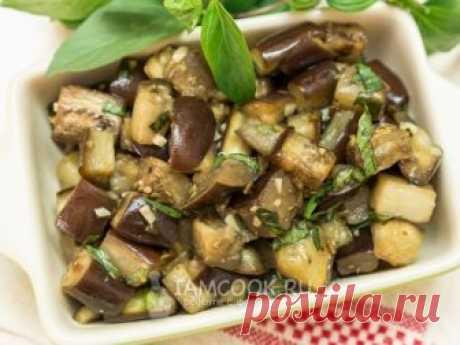 Баклажаны с базиликом и чесноком (закуска) — рецепт с фото Готовим легкую летнюю закуску из баклажанов в духовке.