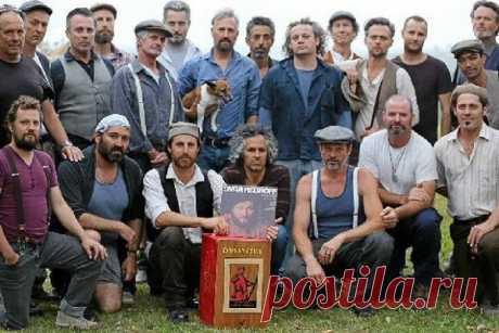 Австралийские мужики из хора Dustyesky поют советские песни лучше, чем ваш дедушка / Surfingbird - проводи время с пользой для себя!