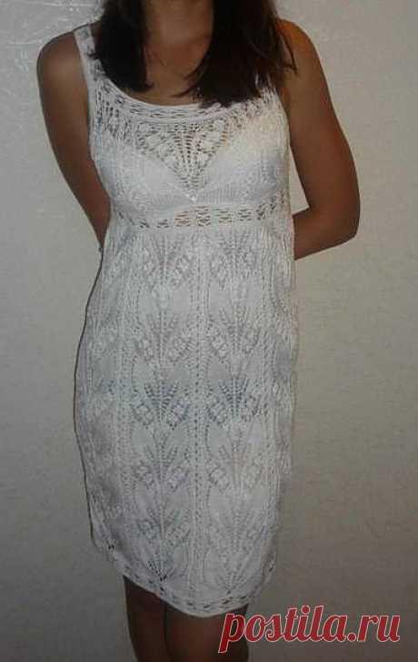 Красивое ажурное платье. Спицы.