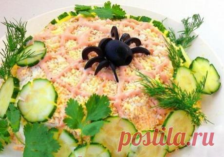 Оформление салатов(рецепты) Здесь-оформление салатов, стола,фруктов--https://filiya.ru/category/oformlenie-salatov