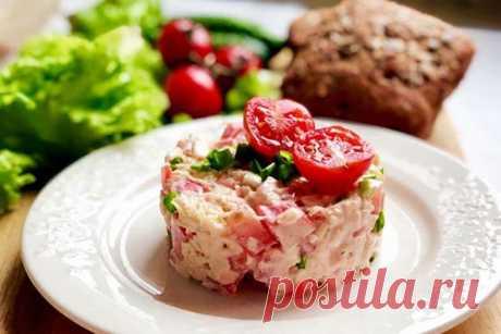 Салат «Красное море» с крабовыми палочками - 10 лучших рецептов (пошагово)