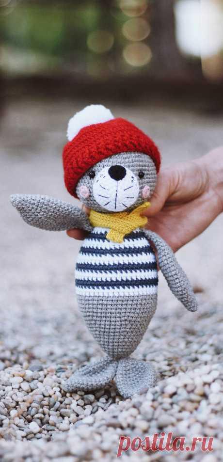 PDF Тюлень Лори крючком. FREE crochet pattern; Аmigurumi doll patterns. Амигуруми схемы и описания на русском. Вязаные игрушки и поделки своими руками #amimore - Тюлень, морской котик.