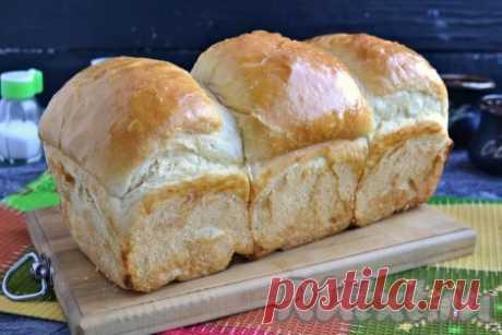 """Рецепт японского молочного хлеба """"Хоккайдо"""" - 20 пошаговых фото в рецепте Сегодня хочу познакомить вас с рецептом японского молочного хлеба """"Хоккайдо"""". Если вы попробуете этот хлебушек - влюбитесь в него с первого укуса. Он не похож ни на какой другой хлеб, больше напоминает большую булку. Хлебушек получается невесомым, очень нежным и вкусным, с невероятно воздушным ..."""