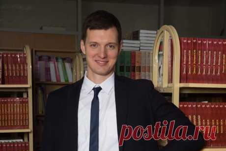 «Нужно упразднить Рособрнадзор». Уволенный за митинги «Учитель года» о том, как спасти школу – МБХ медиа