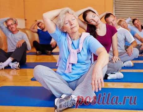 Эти упражнение должны выполнять все женщины после 50 лет! - Полезно Знать
