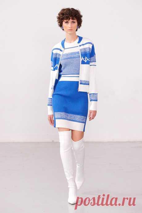 Главный зимний тренд-2021: как носить теплое шерстяное платье?