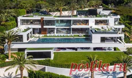 Welcome to the most expensive house of the USA worth $250 million! Here is how it looks from within … | Lovely Ya V of California is available Bel-Eyre's region which is considered the smartest and safe place for accommodation. In this area the businessman Bruce Makowski constructed the finest mansion which was offered for sale recently. Its cost makes a quarter of one billion dollars, and it is the most expensive house which ever was on sale in the USA. According to the creator of the project, prodayets...
