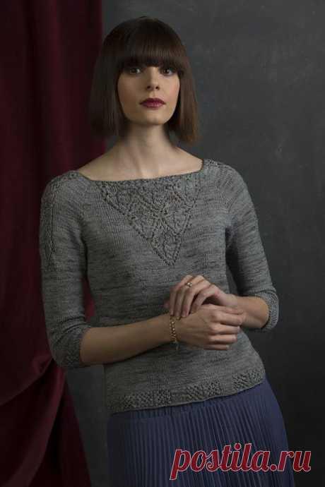 Вязаный женский пуловер Victoria приталенного силуэта с японскими ажурами от дизайнера Jennifer Wood..