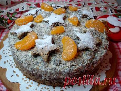 Рождественский маковый торт с мандаринами: рецепт с фото пошагово Нежный бисквит с оригинальным маковым вкусом - вкусная и сказочно красивая композиция. Украшен рождественский торт атрибутами новогоднего праздника.