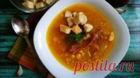 """Сегодня #Priprava_Club показывает, как приготовить гороховый суп с копченостями в мультиварке из цикла """"рецепты супов"""".  Примечателен это суп ярким насыщенным ароматом и скоростью приготовления, так как готовится он в мультиварке. Обязательно порадуйте по случаю своих близких этим блюдом. Весь перечень ингредиентов и нюансы приготовления вы узнаете из короткого видео."""