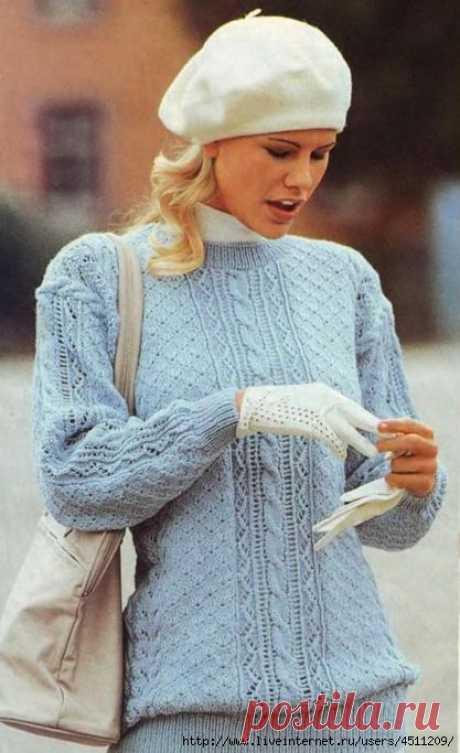 Пуловер с вертикальной полосой
