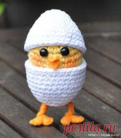 Забавный вязаный пасхальный цыпленок в яйце своими руками!