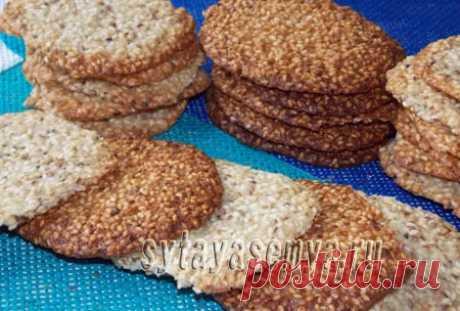 Рецепт кунжутного печенья - вкусное, хрустящее Готовится такое печенье с кунжутом достаточно быстро, а благодаря большому количеству кунжутного семени, входящему в его состав, получается очень аппетитным