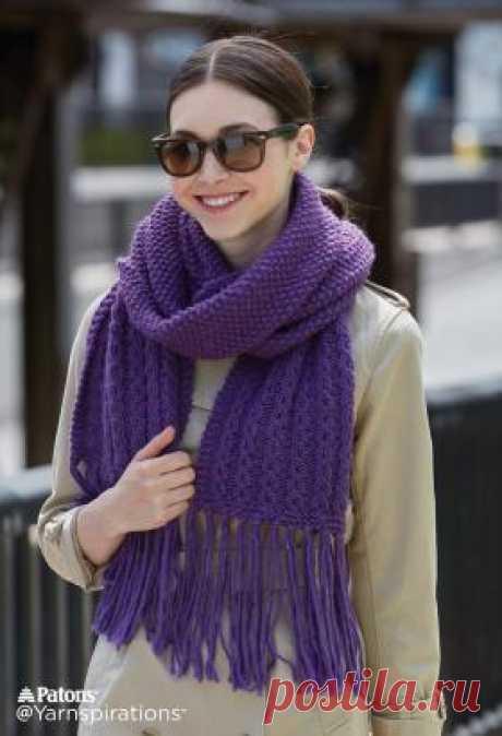 Шарф с жемчужно-ажурным узором Теплый шарф с бахромой для женщин, связанный на спицах 6 мм из смесовой пряжи средней толщины. По краям шарф связан...