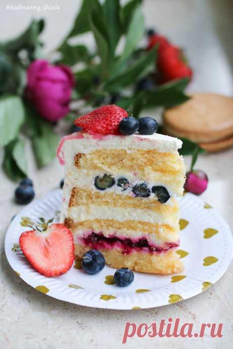 Торт с вишневой начинкой, голубикой и крим чизом   HomeBaked