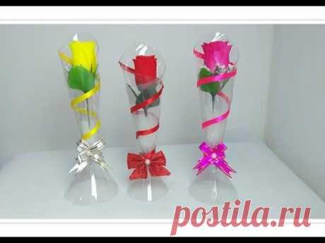 Vaso de garrafa pet - Use como lembrancinha, decoração. Reciclagem de garrafa pet  💗. #Artesanato