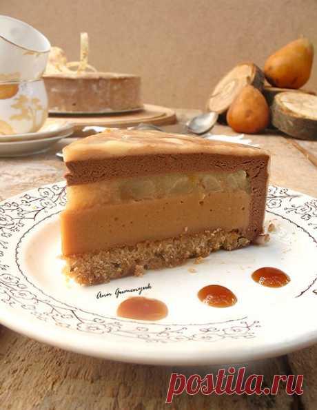 """Торт """"Карамельная груша"""" - Путешествие в мир радужных вкусов"""