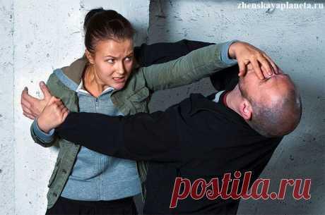 Женская самооборона: 7 советов, как дать отпор насильнику или грабителю
