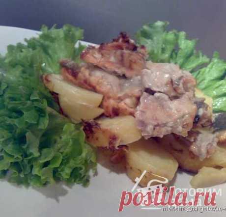 Горбуша,запечённая с картофелем