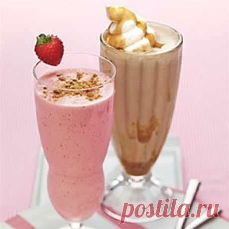 Молочный коктейль. Для молочного коктейля можно так же использовать   другие фрукты или ягоды, но с клубникой и бананами  одни из самых потребляемых коктейлей на основе молока.