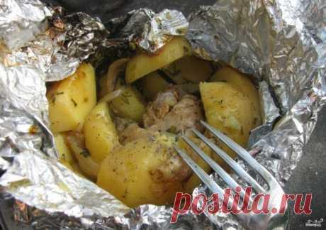 Курица на костре в фольге - пошаговый рецепт с фото на Повар.ру