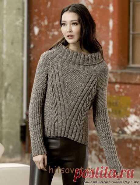 Модный свитер для женщин.