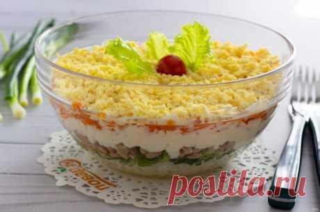 Слоеный салат с печенью трески   Вкусные рецепты