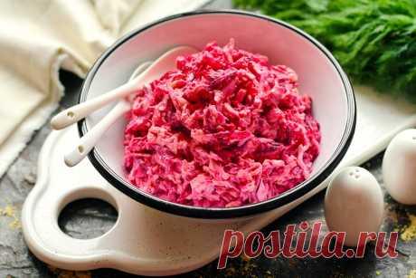 Салат «Розовый фламинго» (по продуктам – проще некуда, но вкус впечатляет) - Женский журнал Простой салат с небольшим набором продуктов, но блюдо получается яркое, вкусное и сытное. Все ингредиенты отлично между собой сочетаются, думаю, понравится всем любителям свекольных салатов. В составе есть...