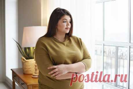 Топ-5 главных причин ожирения Ожирение сегодня называют болезнью XXI века. Что послужило причиной роста числа полных людей на планете? Как не попасть в их ряды? Рассмотрим основные предпосылки увеличения массы тела в условиях современности …