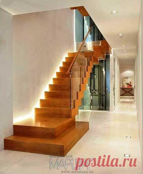 Изготовление лестниц, ограждений, перил Маршаг – Лестницы на тетивах с перилами цельностеклянными