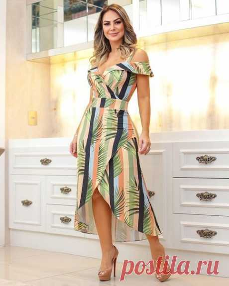 Моделируем платья с открытыми плечами