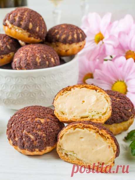 """Рецепт пирожных шу с кремом """"Бейлиз"""" на Вкусном Блоге"""