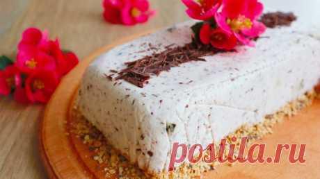 Бесподобный торт без выпечки на хрустящей подушке! — Кулинарная книга - рецепты с фото
