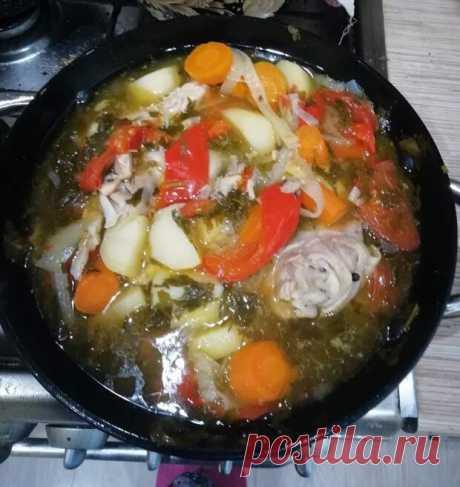 Хашлама по-армянски на пиве - БУДЕТ ВКУСНО! - медиаплатформа МирТесен Этот рецепт я нашла на просторах Интернета очень давно. И теперь это блюдо одно из самых любимых в нашей семье. Во-первых, это безумно вкусно. Во-вторых, это очень легко готовить. Сразу попрошу прощения, если это все-таки не армянский рецепт (так это блюдо называлось в Интернете). В основе данного