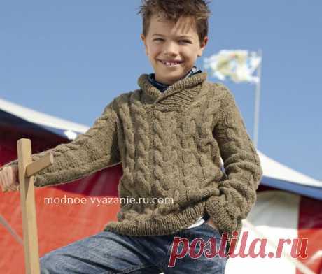 Пуловер с «косами» и шалевым воротником