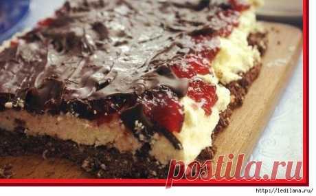 """Cheesecake without baking of """"Шоколадное наслаждение""""."""