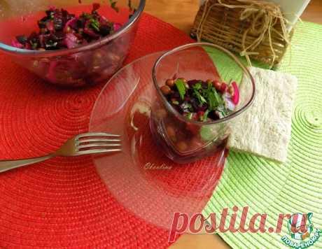 Свекольный салат с сельдью – кулинарный рецепт