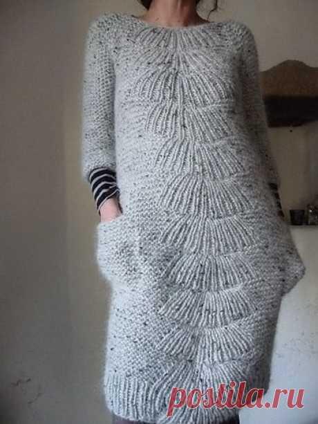 Уютное платье спицами